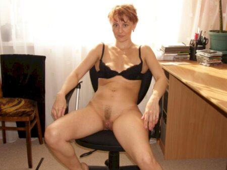 Femme cougar sexy réellement romantique recherche un gars impudique